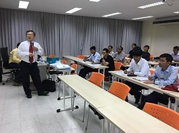 ภาพบรรยากาศการเรียนการสอน หลักสูตรบริหารธุรกิจมหาบัณฑิต สาขาวิชาการจัดการฟุตบอลอาชีพ วันที่ 24 สิงหาคม 2562